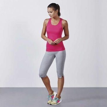 Ropa deportiva para mujer. Camisetas 027c8b51b3d1